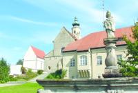 Prämonstratenserabtei und Pfarrkirche St. Mariä Himmelfahrt